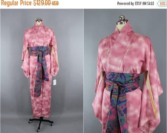 SALE - 1950s Vintage Silk Kimono Robe / 50s Wedding Dressing Gown Lingerie / Downton Abbey Art Deco / Pink Ombre Clouds Floral 9002158