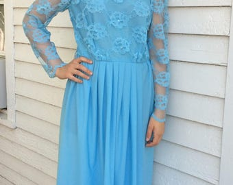 70s Blue Lace Formal Gown Maxi Dress Bridesmaid Mother Vintage S