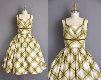 vintage 1950s dress. 50s green polished cotton plaid vintage picnic full skirt dress