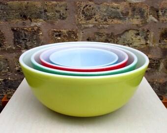 Pyrex Primary Color Nesting Bowl Set Vintage - Vintage Pyrex Mixing Bowls - Vintage Pyrex Bowls - Mid Century - Pyrex Nesting Set - Kitchen