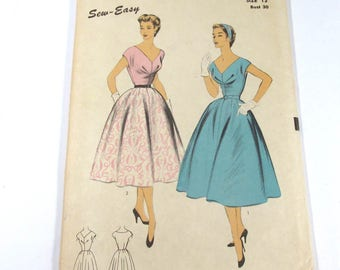 Vintage ADVANCE Pattern #6675 Size 12 Bust 30 Dresses 1940s? Sewing Notions Pattern Vintage Fashion Supplies (G329)