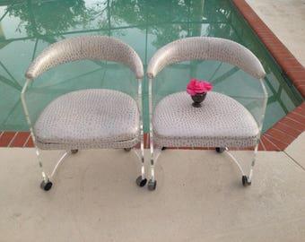 LUCITE WATERFALL CHAIR / Mid Century Modern Lucite Wraparound Chair / Waterfall Lucite Chair Charles Hollis Jones style / Retro Daisy Girl