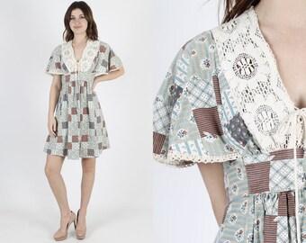 Vintage 70s Boho Prairie Dress Patchwork Floral Hippie Renaissance Festival Corset Lace 1970s Mini Dress S M