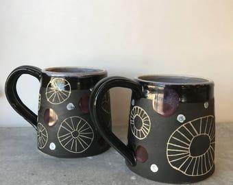 V I O L E T  D E W : ceramic mug set
