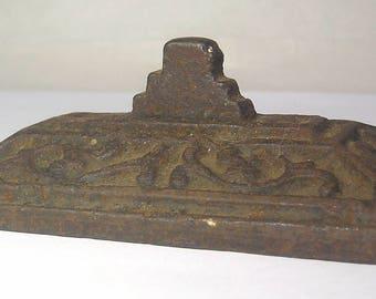 An Antique Ornate Cast Iron British Raj Paperweight A3