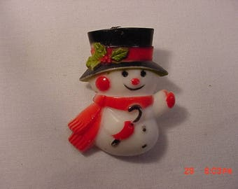 Vintage Plastic Snowman Brooch   17 - 928
