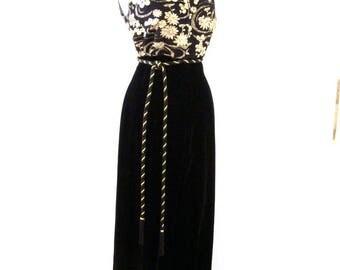 Vintage 60s Black Velvet and Gold Jumpsuit - 1960s Cocktail Party Jumpsuit - Black Velvet Hostess Maxi with Palazzo Pants - Medium estimated
