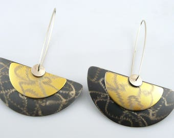 BIG Vintage 1980s MEMPHIS Modernist Signed Handmade Sterling Silver Two Tone Etched Design Pierced EARRINGS