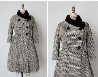 30% OFF SALE vintage 1950s coat / 1950s Bonwit Teller coat / tweed wool coat / Belle Vie coat