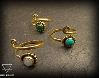 Brass toe ring with semi precious stone # green onyx # moon stone # turquoise #