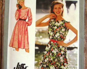 Vintage 1980s Easy to Sew Misses Easy-fitting Pullover Dress, Long Sleeves or Cap Sleeves Sizes 18 20 Jiffy Simplicity Pattern 9444 UNCUT