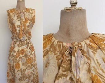 20% OFF 1960's Yellow Floral Silk Dress Vintage Wiggle Dress Size XS Small Tall by Maeberry Vintage
