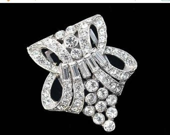 20% OFF SALE - KTF or Tkf Trifari Crystal Rhinestone Art Nouveau / Art Modern Dress Clip