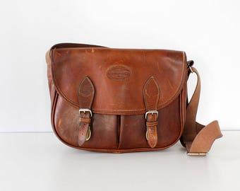 Bass Leather Satchel Bag • Vintage Leather Messenger Bag • 90s Purse • Brown Leather Purse • Vintage Leather Bag • Crossbody Satchel | B939