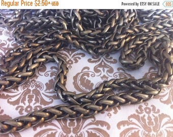 SALE Vintage Style 5mm Woven high quality chain chain sturdy Antique BRASS couture 1 foot