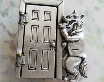 Vintage JJ Three Little Pigs and the Big Bad Wolf Brooch Pin 1980s Pewter