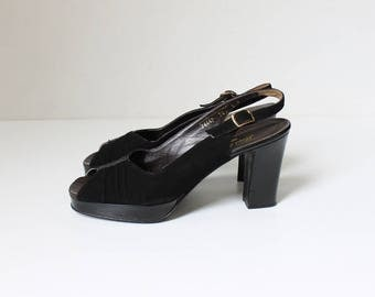 1940s Platform Peep Toe High Heels // Vintage Chunky Heel Slingback Velvet Pumps // Women's Shoes Size 8