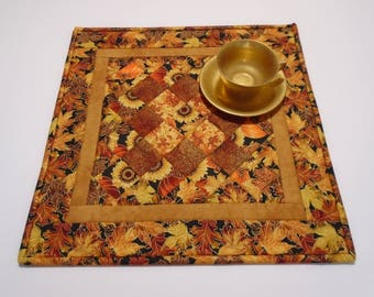 Quilted Table Topper with Sunflowers and Pumpkins, Autumn Table Runner,  Golden Leaves Table Topper, Quilted Candle Mat, Thanksgiving Decor
