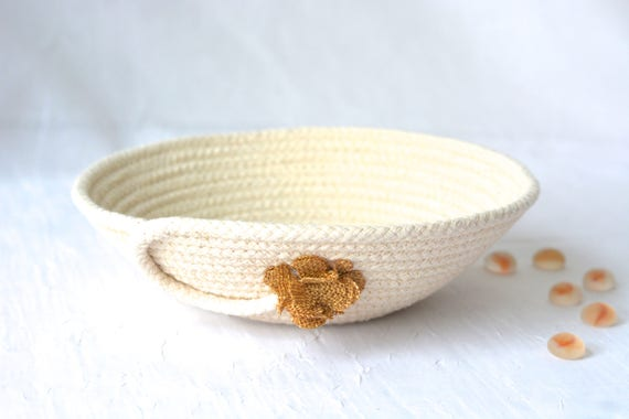Minimalist Rope Bowl, Handmade Raw Rope Basket, Modern Clothesline Basket, Natural Line Candy Dish, Primitive Risng Dish, Desk Accessory