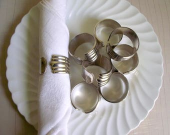 Silver Napkin Rings , Set of 8 Silver Plate Serviette Rings , Retro Modern Napkin Rings