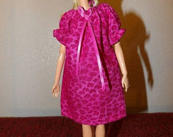 Easy on Peasant style short bright pink Leopard print nighty for Fashion Dolls - ed1044