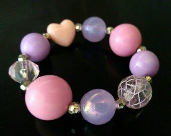 Chunky bubblegum heart elastic bracelet
