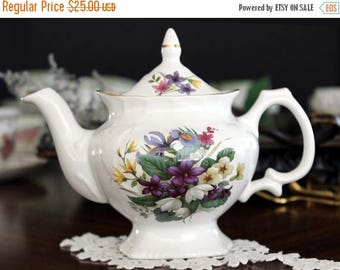 ON SALE Tea For One, Price Kensington Teapot, Mixed Spring Bouquet, Single Serve Tea Pot 13645