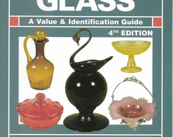 Softcover Warman's Glass A Value & ID Guide 4th Edition 2002 Edited by Ellen T. Schroy 440 Pages