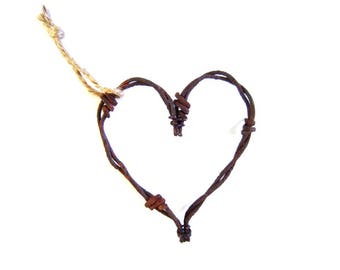 Barbed Wire Heart . rustic heart . rustic home decor . rusty metal heart . rustic ornaments . rusty barbed wire . wire ornaments