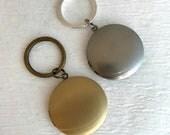 Brushed Gold or Silver Locket Keychain,  plain locket, man locket, groomsmen gift, unisex locket key chain, picture locket, simple locket