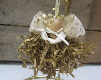 Gold Angel Ornament / Christmas Angel / Tree Ornament / Gold Paper Crimp / Paper Angel / Gold Tree Decor / Angel Collector Gift