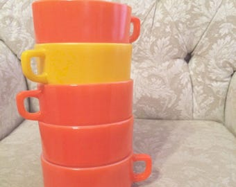 5 AnchorHocking FireKing Orange And Yellow Chili Bowls Single Serving Soup Bowls Bright Colored Fireking Bowls With Handles Camper Bowl