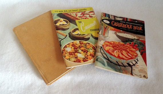 3 Vintage 1950s Recipe Books.. Casseroles