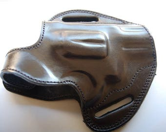 Smith & Wesson 686 Plus 2.5 Barrel  Handcrafted Leather Belt Holster Tan Black