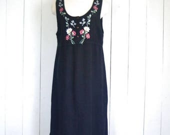 34% Off Sale - Embroidered Sun Dress - Black Early 90s Maxi - Vintage Folk Sleeveless Summer Dress - Medium M / Large L