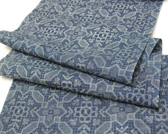 Japanese Vintage Cotton. Katazome Design Yukata Fabric (Ref: 1868)