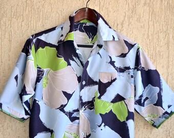 Mens Vintage SURF Hawaii Shirt Size S-M  41 - 42 Summer Print Thaiti Style Blue Floral Dress Shirt