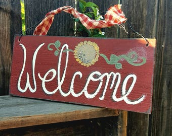 Sunflowers,welcome sign,rustic home,primitive home decor,reclaimed wood,country home,farmhouse decor,welcome home,yellow,front porch,red