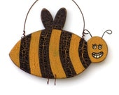 Bee, Bee Finds, Bee Trends, Bee Ornament, Bumblebee, Apiary Finds, Beekeeper, Insect Finds, Insect Ornament, Christmas Finds, Spring Finds