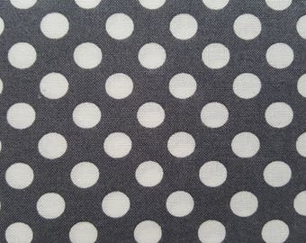 Robert Kaufman Spot On  Grey Dots EZC-12872-12 HTSPD08