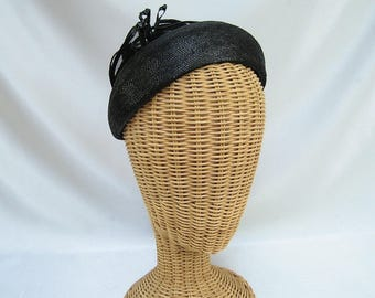 Vintage Ladies Close Hat Roberta Bernays Black Straw Patent Netting Fascinator