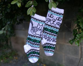Cat Christmas Stockings Knitting Pattern, Christmas Cat Pattern, Cat Santa Sock, FairIsle Cat, Knitting pattern cat, PDF pattern