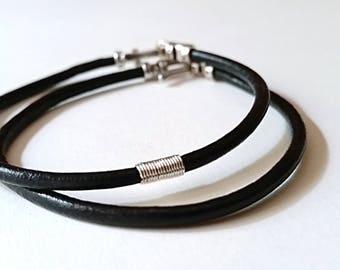 UNISEX ROUND WRISTBAND Sterling Silver & Black Leather Bracelet—Custom Unisex Cuff Band [Bracelet Argent Cuir Noir—Pulsera Plata Piel negra]