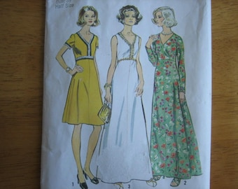 Simplicity Pattern 6030 Misses' Dress in Two Lengths      1973