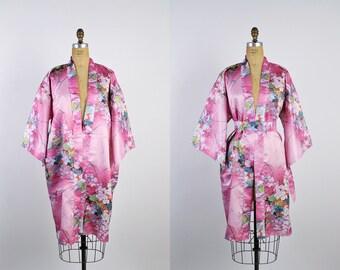 80s Floral pink Kimono Robe / Pink Midi Robe / Wedding Nightgown / Bridal Robe / One Size