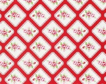 69006 - Tanya Whelan Rambling Rose  Framed rosebud in red  PWTW130    - 1  yard