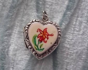 Vintage Silver Flower Heart Locket Charm LOVELY