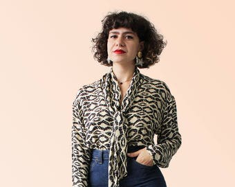 90s Vintage Silk Blouse with cravatte Neck Tie Sleek Boho Babe VTG