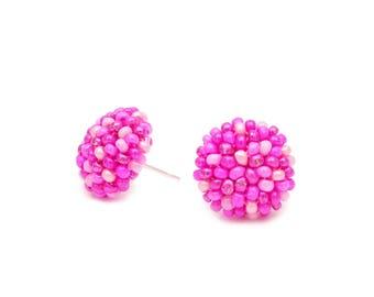 Pinky - 15 mm studs earrings /  post earrings / Choose metal /handmade beading Stud