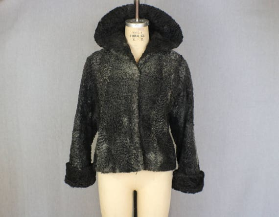 Curly Lamb Jacket / 1950's Black Fur Coat / Vintage